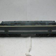 Trenes Escala: HORNBY MECCANO - ANTIGUA LOCOMOTORA DIESEL DE LA SNCF 060 DB 5 CORRIENTE CONTINUA - ESCALA H0. Lote 153941634