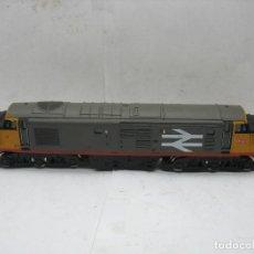 Trenes Escala: HORNBY - LOCOMOTORA DIESEL 37 CORRIENTE CONTINUA RAILFREIGHT - ESCALA H0. Lote 120945459
