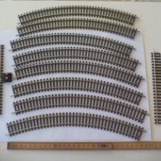 Trenes Escala: LOTE DE 10 DE VIAS DE TREN H0, MARCA HORNBY. R605, R8206, R600. HO. Lote 134290794