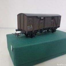 Trenes Escala: HORNBY ESCALA H0 CORRIENTE CONTINUA VAGÓN MARRÓN DE 12 CM ESCALA H0. Lote 156836308