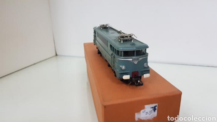Trenes Escala: Acho hornby locomotora de la SNCF francesa BB 16009 escala H0 continua de 19 cm en verde - Foto 3 - 182981103