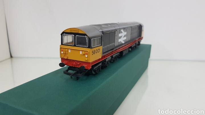 Trenes Escala: Hornby locomotora diésel corriente continua 58001 inglesa railfreight escala h0 25cms - Foto 3 - 191194385