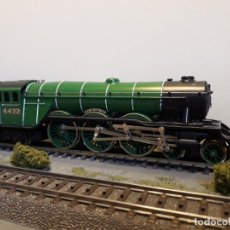 Trenes Escala: HORNBY H0 LOCOMOTORA VAPOR TIPO FLYING SCOTSMAN CLASS A1 2-3-2, REFERENCIA 3086 ANALÓGICA.. Lote 255483215