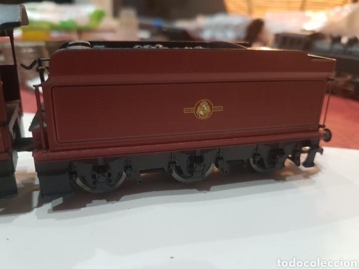 Trenes Escala: Locomotora Hornby con tender. Equipada con DCC. - Foto 3 - 271999648