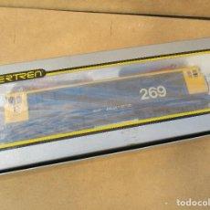 Trenes Escala: IBERTREN LOCOMOTORA 269 TAXI PINTADA POR MODELISTA PROFESIONAL HACE VARIOS AÑOS . Lote 100761379