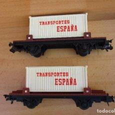 Trenes Escala: IBERTREN DOS VAGONES PLATAFORMA CONTENEDORES TRANSPORTES ESPAÑA VAN SIN CAJA . Lote 104319851