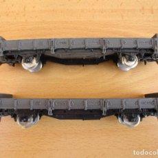 Trenes Escala: IBERTREN DOS VAGONES PLATAFORMA GRISES . Lote 104319927