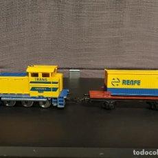 Trenes Escala: LOCOMOTORA IBERTREN H0 TRANS CONTAINER CON VAGÓN . Lote 105852327