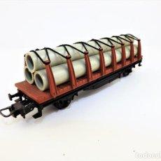 Trenes Escala: IBERTREN H0 VAGON CON CARGA TUBOS 2357. Lote 110791099