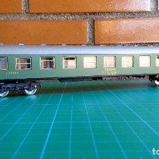 Trenes Escala: VAGÓN DE PASAJEROS RENFE LITERAS 2ª CLASE IBERTREN H0. Lote 112871455
