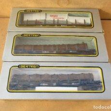 Trenes Escala: IBERTREN TRES VAGONES BOGUIES CARGA DOS TRONCO Y UNO CONTENEDORES . Lote 113061891
