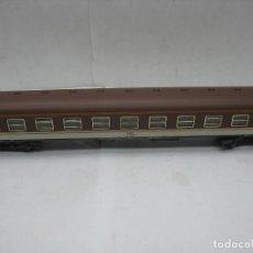 Trenes Escala: IBERTREN - COCHE DE PASAJEROS RENFE AA - 8105 - ESCALA H0. Lote 118258431