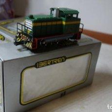 Trenes Escala: IBERTREN HO RENFE,ANTIGUA LOCOMOTORA DIESEL MANIOBRAS FORD. Lote 142987390