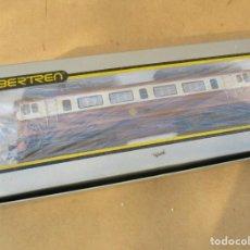 Trenes Escala: IBERTREN LOCOMOTORA 269 ESTRELLA VA CON CAJA NO ORIGINAL. Lote 159577058