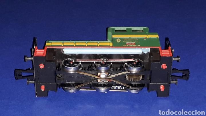 Trenes Escala: Locomotora Diesel Maniobras 304 Renfe 10435 ref. 2101, Ibertren H0. original años 80. - Foto 7 - 160643016