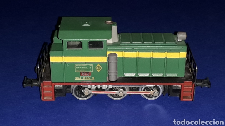 Trenes Escala: Locomotora Diesel Maniobras 304 Renfe 10435 ref. 2101, Ibertren H0. original años 80. - Foto 5 - 160643422