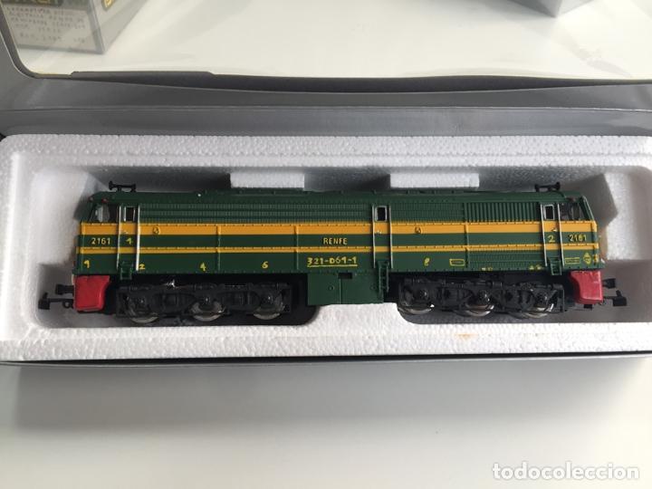 Trenes Escala: LOCOMOTORA DIESEL RENFE ALCO 2100 IBERTREN ESCALA H0 REF. 2104 EN CAJA - Foto 2 - 166633106