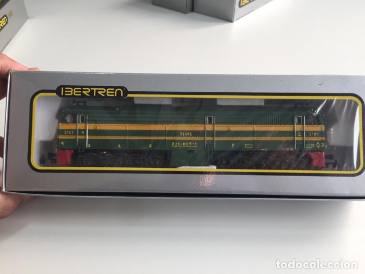 LOCOMOTORA DIESEL RENFE ALCO 2100 IBERTREN ESCALA H0 REF. 2104 EN CAJA (Juguetes - Trenes a Escala - Ibertren H0)