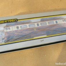 Trenes Escala: IBERTREN LOCOMOTORA 269 ESTRELLA VA CON CAJA NO ORIGINAL. Lote 179130786