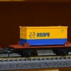 Trenes Escala: IBERTREN H0 3 VAGONES PLATAFORMA CARGADOS CON 3 CONTENEDORES DE RENFE.. Lote 183509882