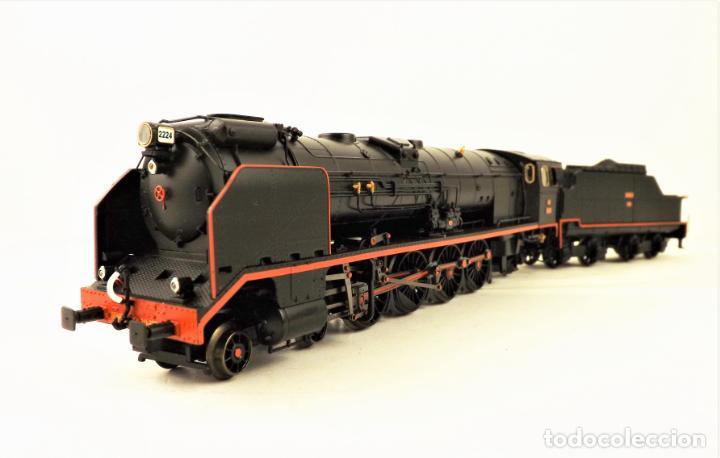 IBERTREN 1950 LOCOMOTORA RENFE SERIE 2200 BONITA. DIGITAL SONIDO AC (Juguetes - Trenes a Escala - Ibertren H0)