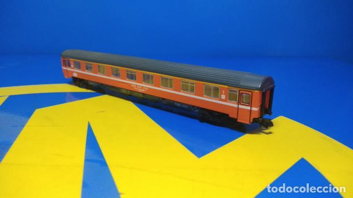 Trenes Escala: Ibertren Vagón pasajero 1º Clase-escala H0 buen estado - Foto 3 - 193664635