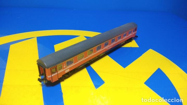 Trenes Escala: Ibertren Vagón pasajero 1º Clase-escala H0 buen estado - Foto 4 - 193664635