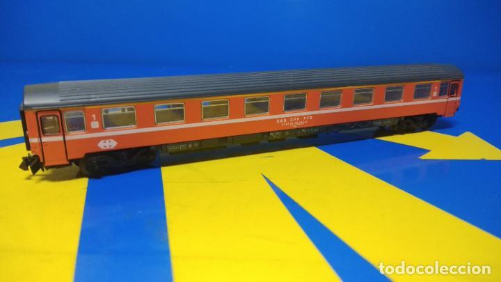 Trenes Escala: Ibertren Vagón pasajero 1º Clase-escala H0 buen estado - Foto 5 - 193664635