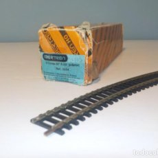 Trenes Escala: LOTE DE 12 VÍAS CURVA DE IBERTREN H0 EN SU CAJA ORIGINAL. Lote 194661497
