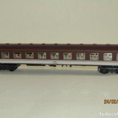 Trenes Escala: ANTIGUO COCHE VIAJEROS 1ª CLASE ESTRELLA EN ESCALA *H0* REF 2227 DE IBERTREN MADE IN SPAIN 1980S. Lote 195177561