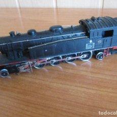 Trenes Escala: IBERTREN ESCALA H0: LOCOMOTORA DE TREN REF. 242 T 1600 MZA. Lote 211572850