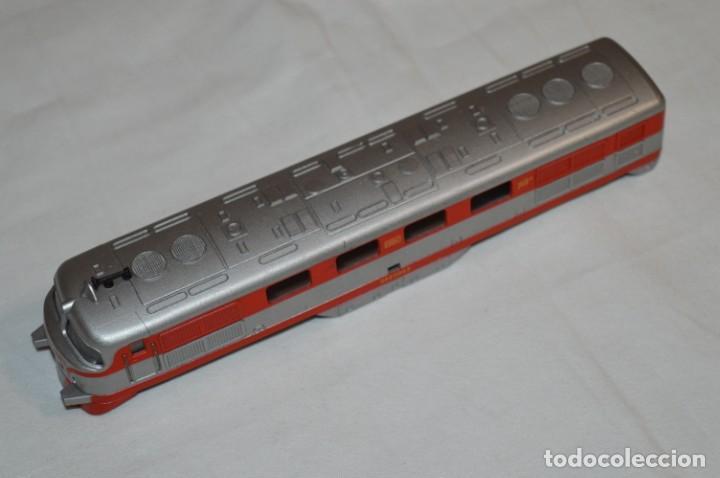 Trenes Escala: Chasis base y carrocería / Locomotora TALGO III / IBERTREN Antiguo - Escala H0 - ¡Mira fotos! - Foto 8 - 213770592