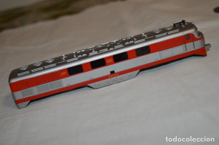 Trenes Escala: Chasis base y carrocería / Locomotora TALGO III / IBERTREN Antiguo - Escala H0 - ¡Mira fotos! - Foto 9 - 213770592