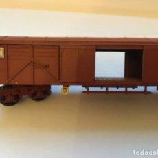 Trenes Escala: IBERTREN H0. VAGÓN MERCANCÍAS CERRADO. LAS PUERTAS SE ABREN. PRECIOSO. Lote 214861595