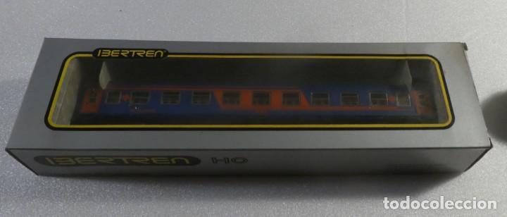 Trenes Escala: VAGON RESTAURANTE NUEVA IMAGEN RENFE CON LUZ IBERTREN H0 REF. 2214 - Foto 6 - 241996195