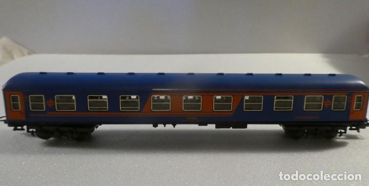 Trenes Escala: VAGON RESTAURANTE NUEVA IMAGEN RENFE CON LUZ IBERTREN H0 REF. 2214 - Foto 7 - 241996195