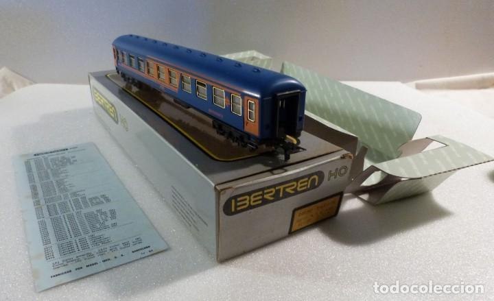 Trenes Escala: VAGON RESTAURANTE NUEVA IMAGEN RENFE CON LUZ IBERTREN H0 REF. 2214 - Foto 8 - 241996195