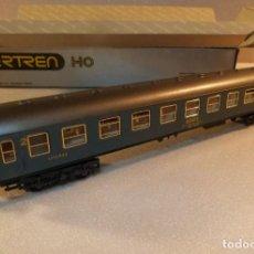 Trenes Escala: COCHE VIAJEROS LITERAS AZUL IBERTREN H0 REF. 2206. Lote 242001025