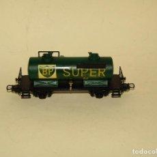Comboios Escala: ANTIGUO VAGÓN CISTERNA BP SUPER EN ESCALA *H0* DE IBERTREN. Lote 265483749