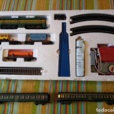 Trenes Escala: TREN DE LA E.HO. DE IBERTREN .CAJA COMPLETA MD.2006 +2 VAGONES DE PASAGEROS. Lote 287756633