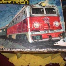 Trenes Escala: IBERTREN 3N REFERENCIA 401 CON VIAS DE BALASTRO , TREN ANTIGUO, JUGUETE ANTIGUO. Lote 40770447
