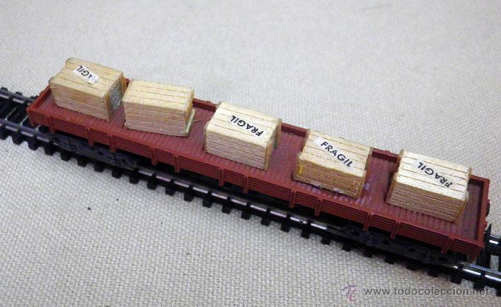 Trenes Escala: VAGON DE CARGA, ESCALA N, FABRICADO POR IBERTREN, PLATAFORMA, SCALEXTRIC, CAJAS MADERA - Foto 4 - 43558909