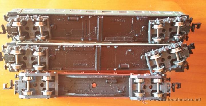 Trenes Escala: Ibertren escala N años 80. Lote de tres vagones ref.439, 217, 201 - Foto 3 - 53848953