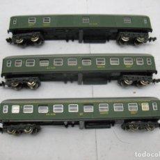 Trenes Escala: IBERTREN - LOTE DE DOS COCHES DE PASAJEROS Y FURGÓN RENFE - ESCALA N. Lote 82449676