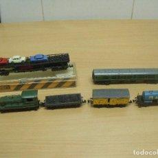 Trenes Escala: LOTE IBERTREN LOCOMOTORA MANIOBRAS + 4 VAGONES + VAGON LIMA. Lote 93127270