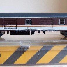 Trenes Escala: IBERTREN N. REF. 6218. FURGON VIAJEROS ESTRELLA 8000. TECHO GRIS, EJEMPLAR UNICO CON DEFECTO FABRICA. Lote 104488127