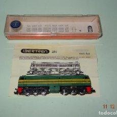 Trenes Escala: ANTIGUA LOCOMOTORA DIESEL ALCO EN ESCALA *2-N* *N* CON LUZ REF. 980 DE IBERTREN. Lote 105948579