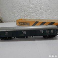 Trenes Escala: VAGÓN FURGON RENFE ESCALA N DE IBERTREN . Lote 106081931