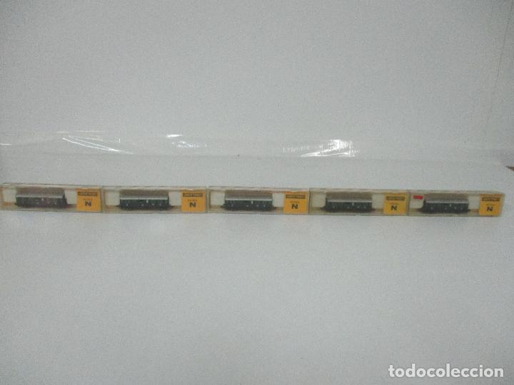 IBERTREN - TREN - 5 VAGONES - VAGÓN PASAJEROS 2ª CLASE - ESCALA N - REF 209 - CAJA ORIGINAL (Juguetes - Trenes a escala N - Ibertren N)