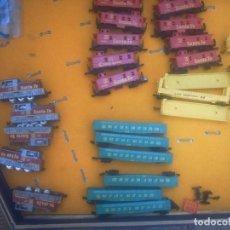 Trenes Escala: LOTE TREN -5 LOCOS-60 VAGONES -ESCALA N..MARCA AURORA- IBERTREN N. Lote 54300624